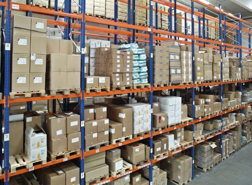 Effiziente Regale sorgen für optimale Ordnung im Betrieb. (Urheber: © Eisenhans - Fotolia.com)