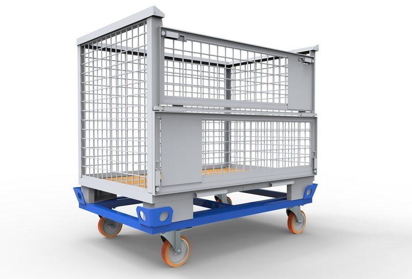 Damit die verladenen Güter auch heil und unbeschadet beim Kunden ankommen, ist eine Ladungssicherung unverzichtbar. (Bild: pavlodargmxnet / Fotolia.com)
