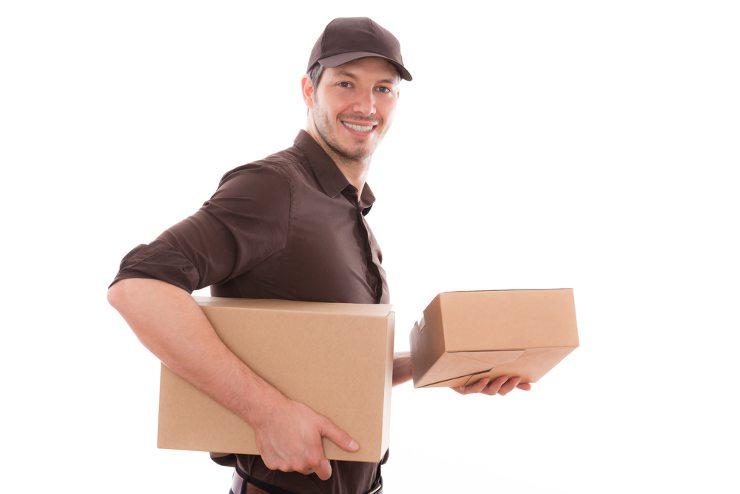 Lettershops machen einen zuverlässigen Paketversand möglich. (Bild: © altafulla - shutterstock.com)