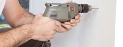 Bohrmaschine-Tyler Olson-Shutterstock.com