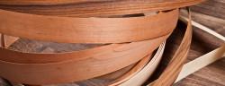 Furnierstreifen-I T A L O-Shutterstock.com