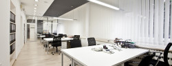 Büro-Goran Bogicevic-Shutterstock.com