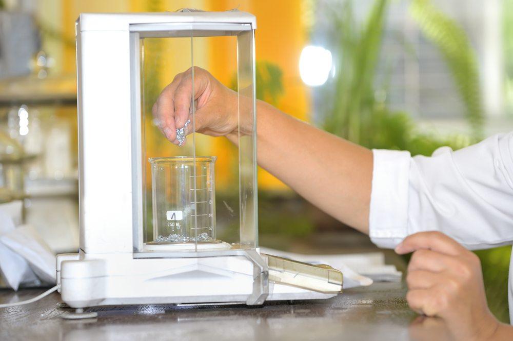 Je höher die Ansprüche an die Qualität von Produkten sind, desto wichtiger wird der Einsatz der richtigen Mess- und Diagnosewerkzeuge. (Bild: Jordache / Shutterstock.com)