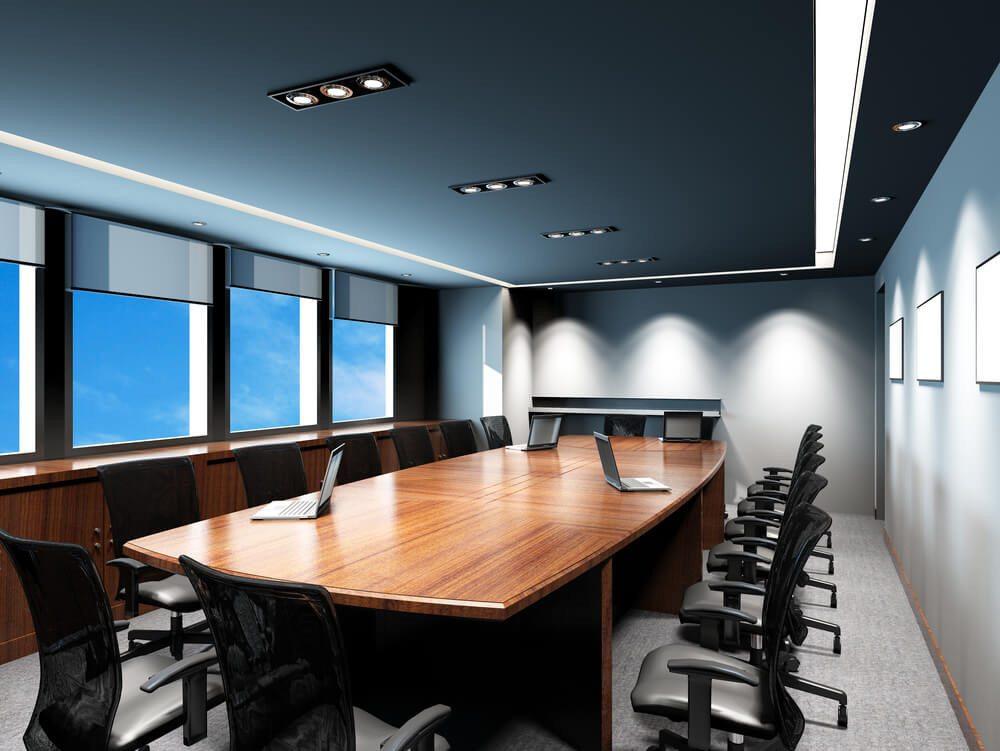 Die Beleuchtung im Betrieb dient auch repräsentativen Zwecken. (Bild: © wongwk - shutterstock.com)
