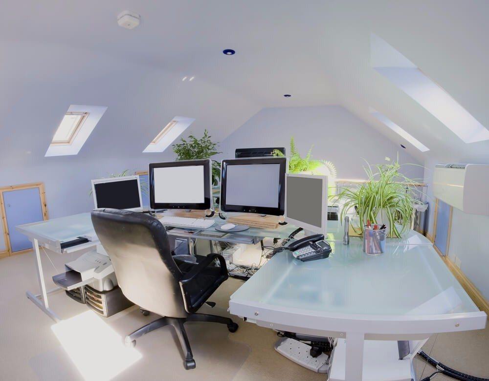 So sollte endlich Ordnung auf meinen Schreibtisch und in mein Arbeitsleben kommen. (Bild: © David Hughes - shutterstock.com)