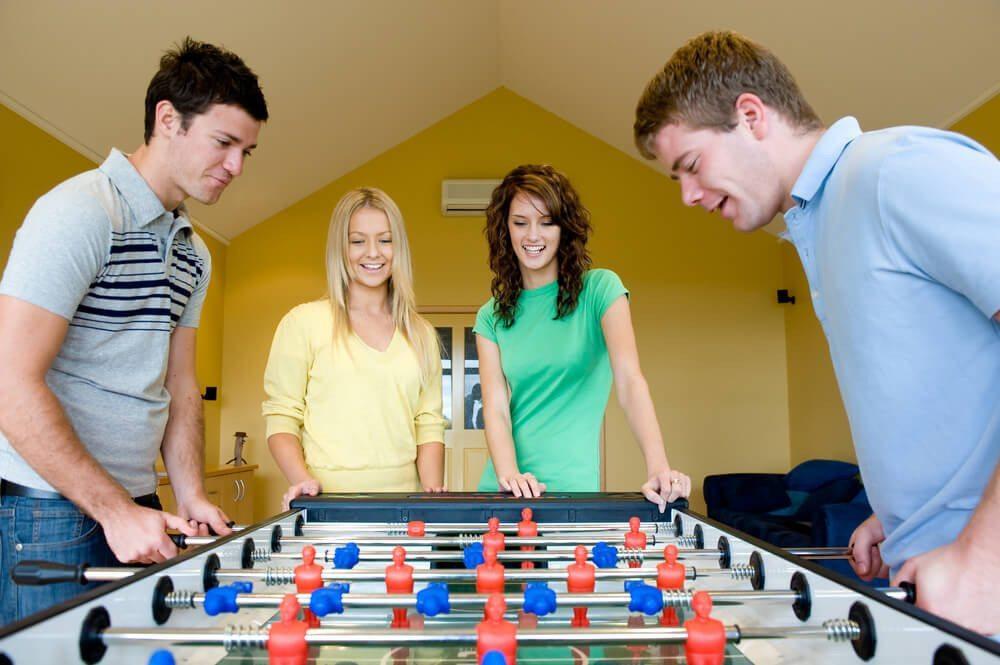 In der Pause eine Runde kickern - das motiviert. (Bild: © Phil Date - shutterstock.com)