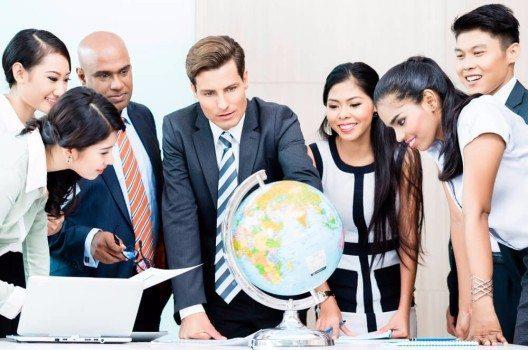 Beim Wort Outsourcing müssen Sie nicht immer nur an Asien denken - Die Schweiz ist ein hochattraktiver Standort für Business-Domizile und geschäftliche Aktivitäten.