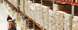 logistik-lager-Dmitry Kalinovsky-shutterstock_236597944-verwendet