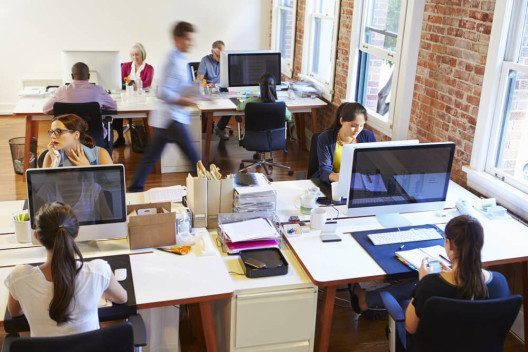 feature post image for Das Architekturbüro effizient einrichten: Büroausstattung für Architekten