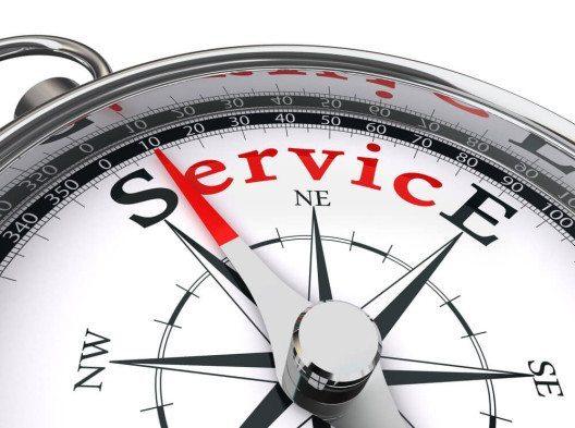 Bester Service rund um Eingangsmatten-Systeme: GEGGUS Schweiz GmbH. (Bild: © donskarpo - shutterstock.com)