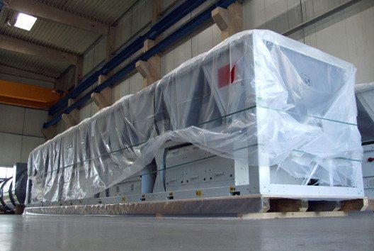 Folien schützen das wertvolle Packgut. (Bild: HPE/Anton Klein)