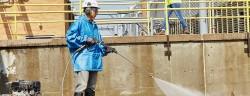 Die neue 3M Solus Schutzbrillenserie 1000 mit Scotchgard Anti-Fog-Beschichtung eignet sich besonders für warme und feuchte Arbeitsumgebungen.