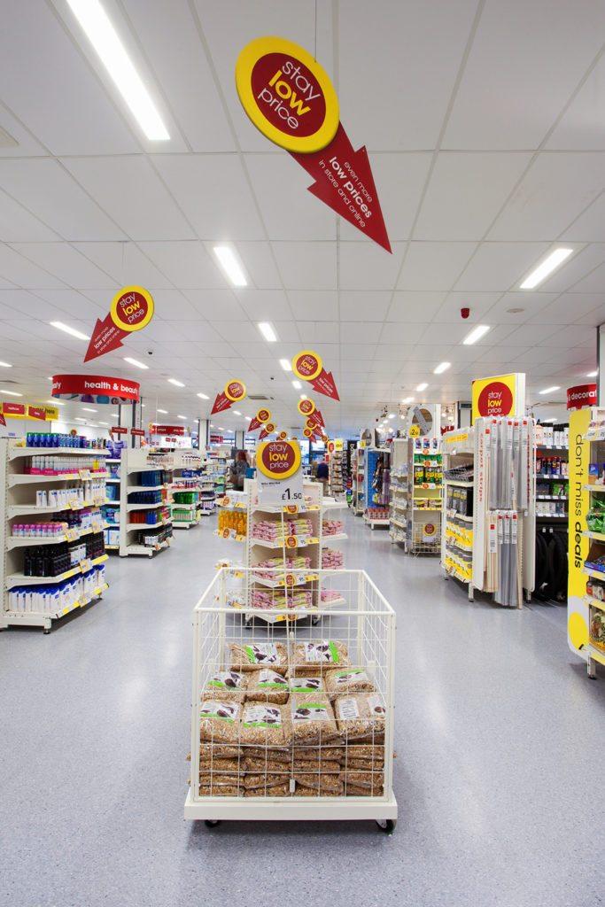 Die Zumtobel Group bietet Wilko eine schlüsselfertige Lichtlösung, welche Lichtplanung, Installation, Wartung sowie eine erweiterte Garantie umfasst.