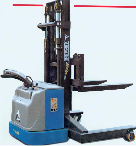 Langgut-Stapler 4 VIE AC – ideal für viele Aufgaben (Bildquelle: Primus Transportgeräte AG)
