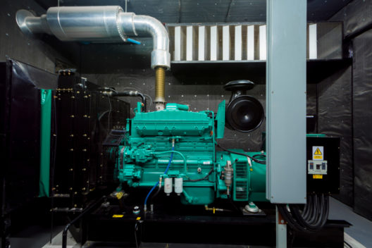 Mit Notstrom Stromausfällen vorbeugen (Bild: ballchadowdesign - shutterstock.com)