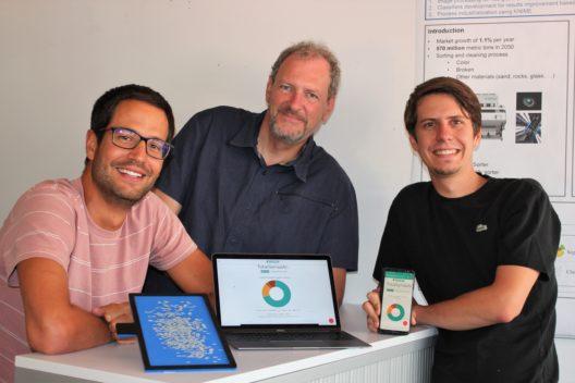 Forscher am Institut Wirtschaftsinformatik der HES-SO Valais- Wallis: Jérôme Treboux, Dominique Genoud, Calixte Mayoraz (v.l.n.r.)