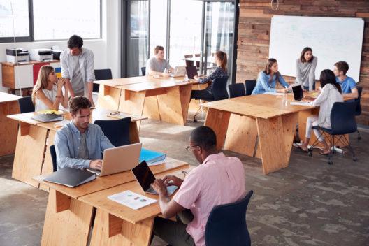 feature post image for Vor- und Nachteile von Coworking Spaces
