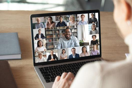 feature post image for Die ideale Ausstattung für ein Live-Meeting